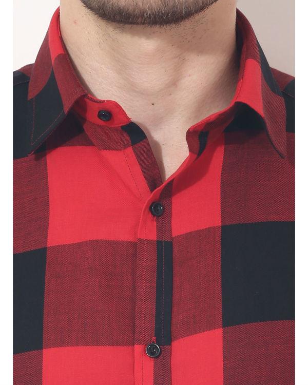 Black & red checks sleeveless casual shirt 5