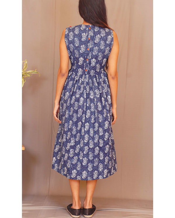 Floral paisley gathered sleeveless indigo dress 1