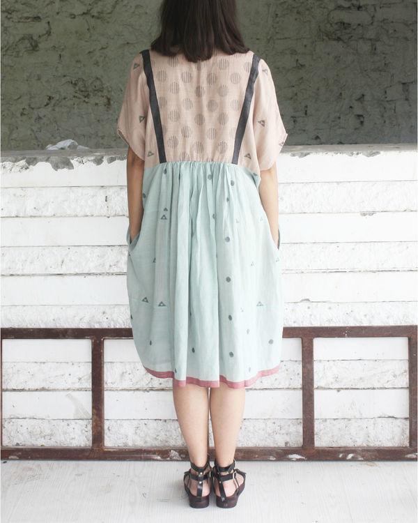 Classy crazy dress 1