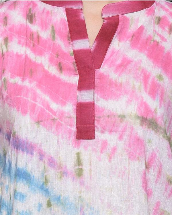 Multi color dress with belt 4