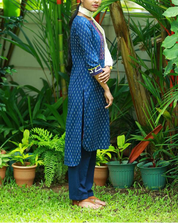 Contemporary indigo blue printed kurta 2