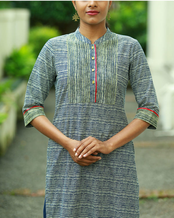 Striped indigo blue printed kurta 3