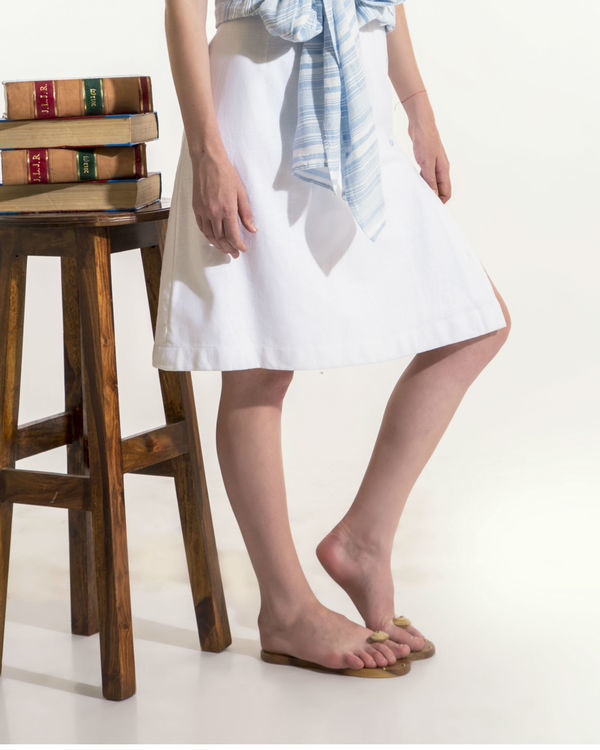 White skirt with buttons 2
