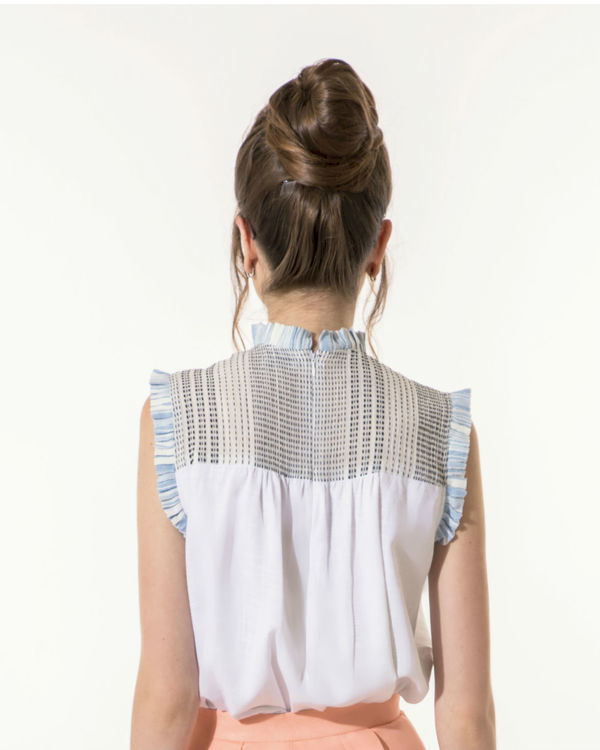 White top with mini-pleats 1