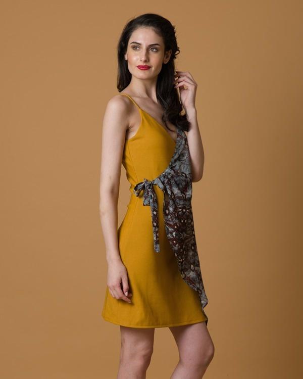 Wrap and tie dress 2