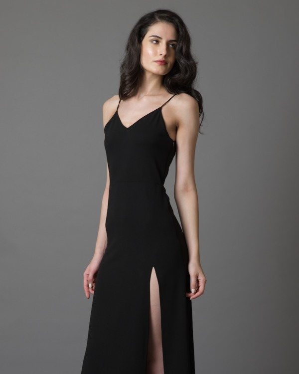Do-the-jolie black gown 3