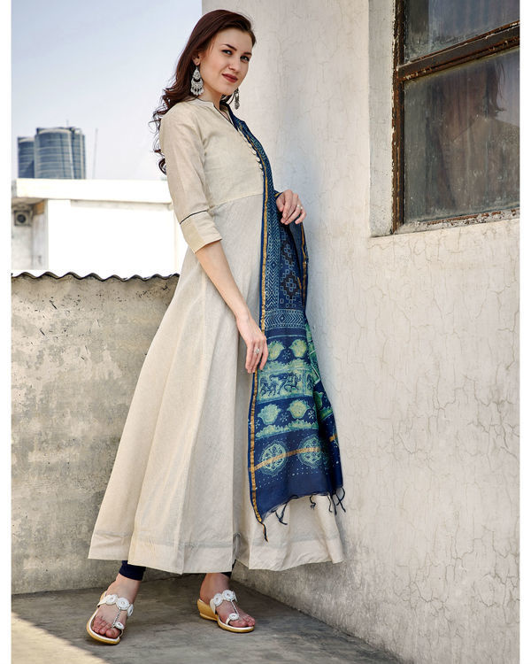 Antique white tunic with dupatta 1