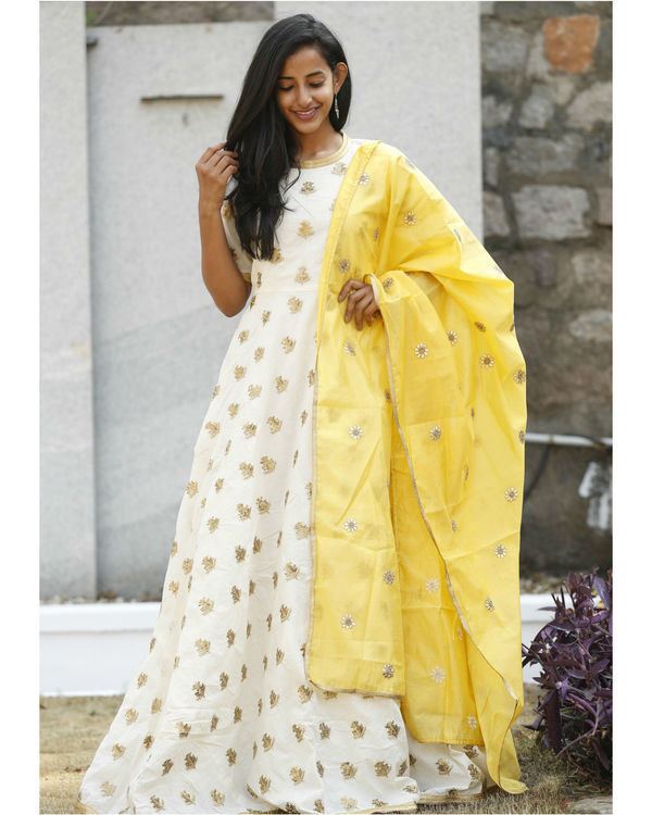 Desi gold yellow dress with dupatta 2