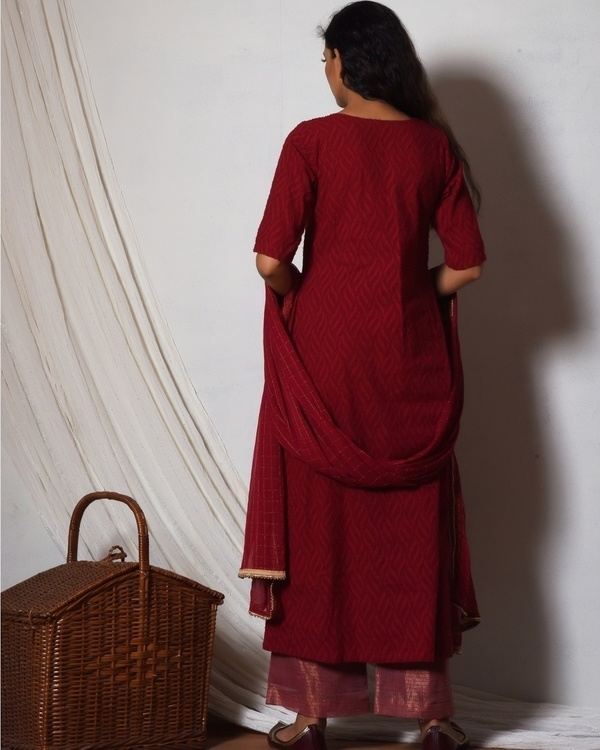 Red kurta with kota silk farshi pant and chiffon bordered dupatta 3