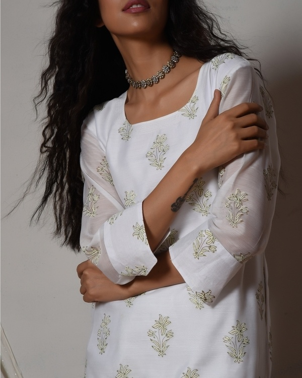 Floral white kurta with mint green chanderi skirt 1
