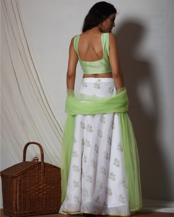Floral print mint green chanderi lehenga set with net bordered dupatta 3