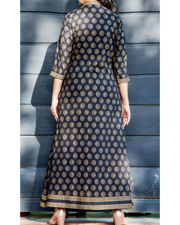 Black and gold embossed double layered dress 3