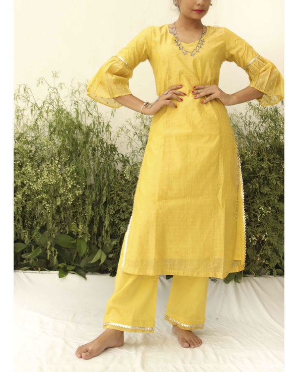 Yellow chanderi straight suit 2
