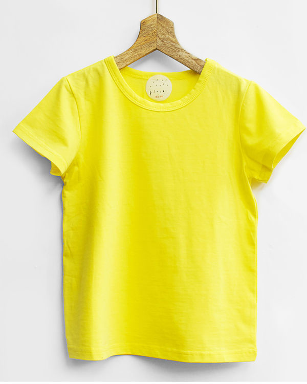 Yellow tee with shorts 1