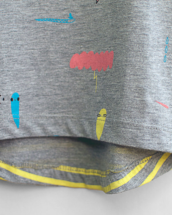 Grey pluie picnic print tee 2