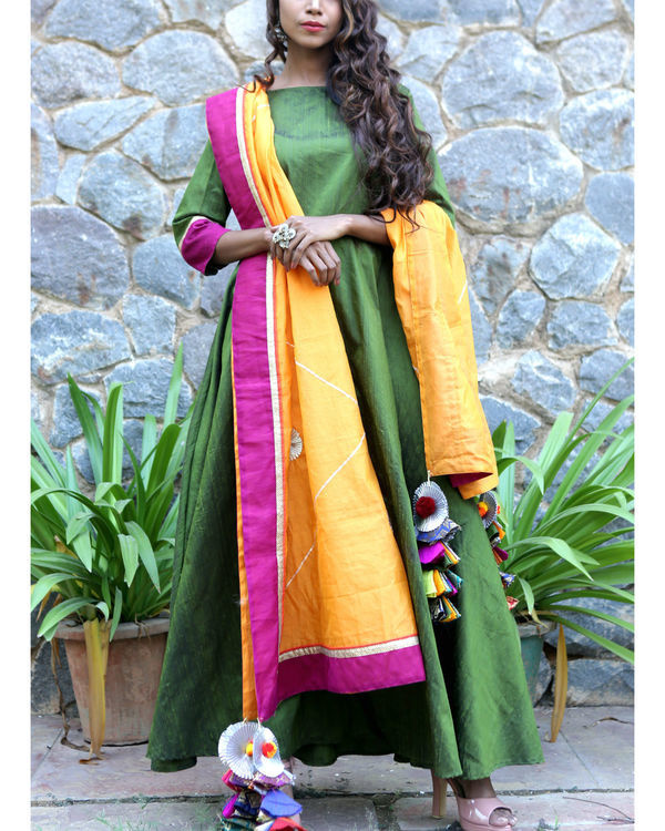 Moss green dress and dupatta set 1