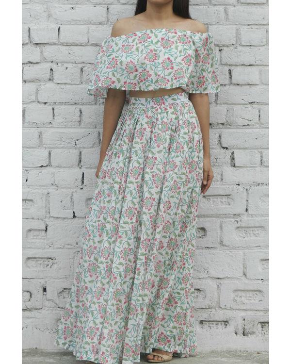 Pink off shoulder top and skirt set 3
