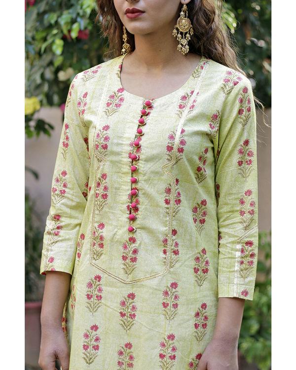 Soft green mughal print kurta set 1
