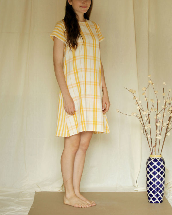 Checkered shift dress 3