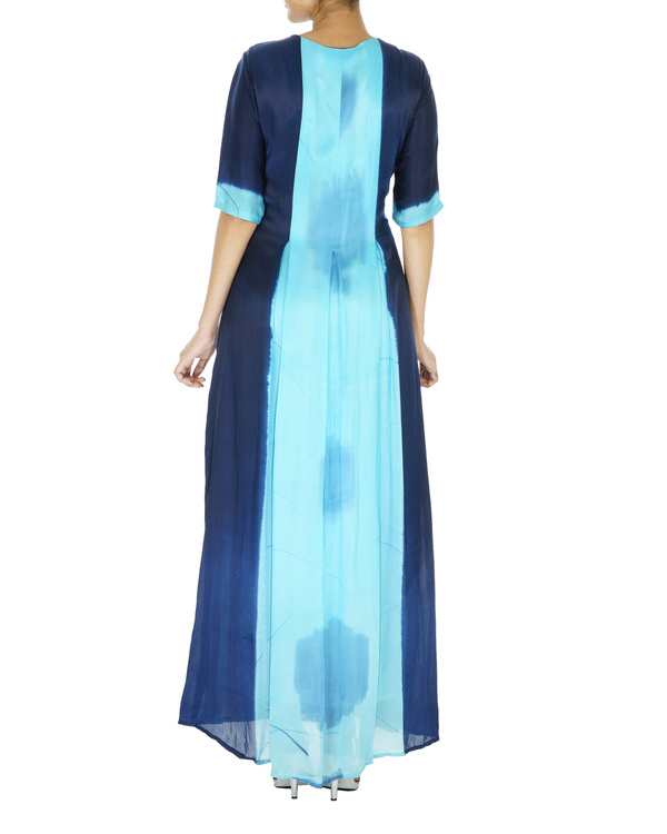 Blue dress with front slit 1