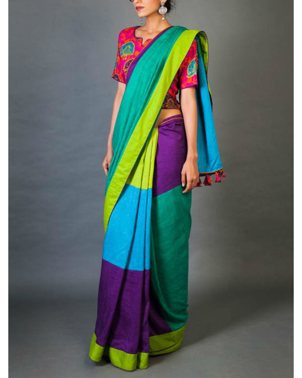 Hues and tints sari 4