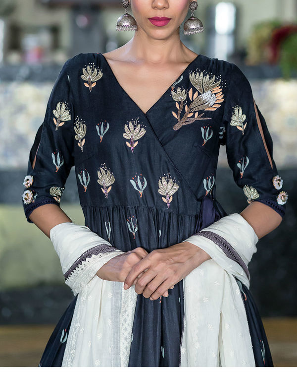 Midnight blue printed kurta with foil printed sharara 2