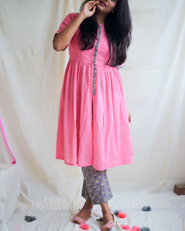 Bubblegum pink front slit kurta with daisy pants 1