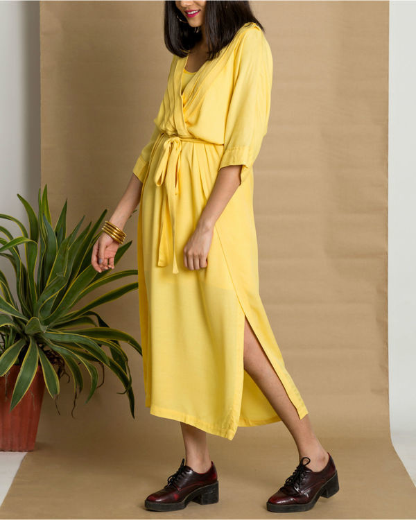 Yellow moss crepe pleated yellow dress 3