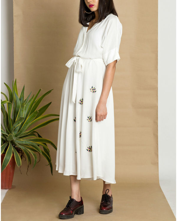 White moss crepe circular dress 2