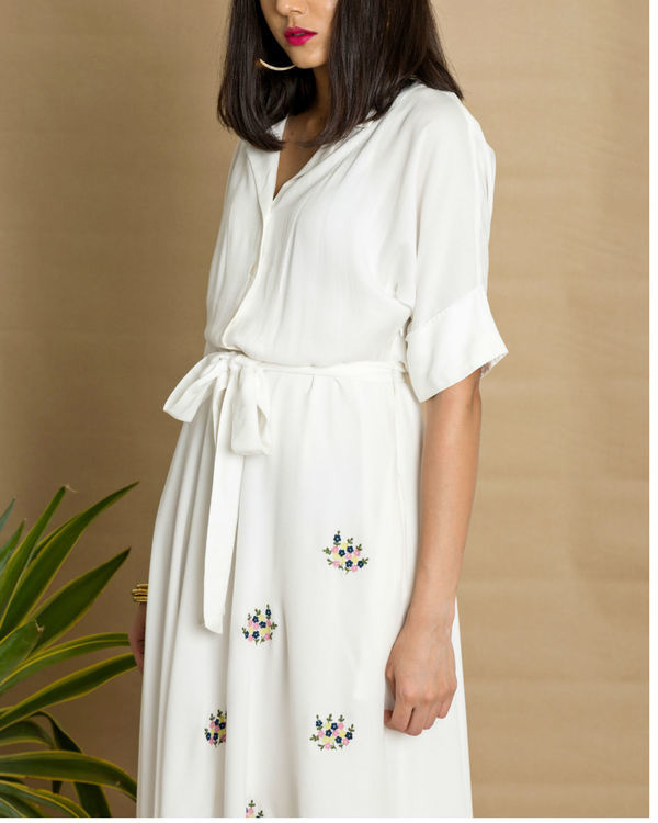 White moss crepe circular dress 1