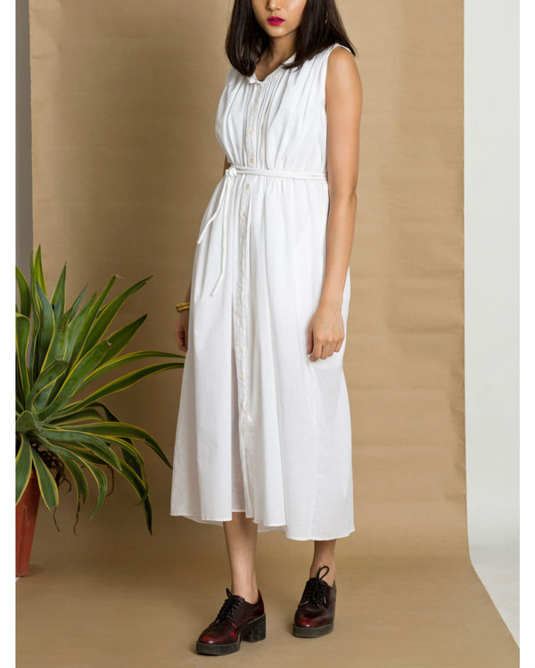 White sleeveless cotton dress 2
