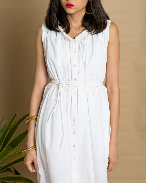 White sleeveless cotton dress 1
