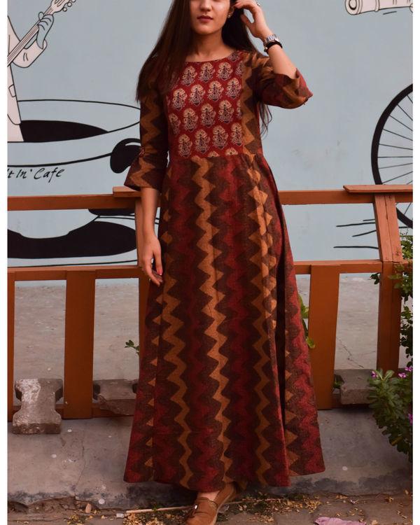 Maroon and brown shades dress 1