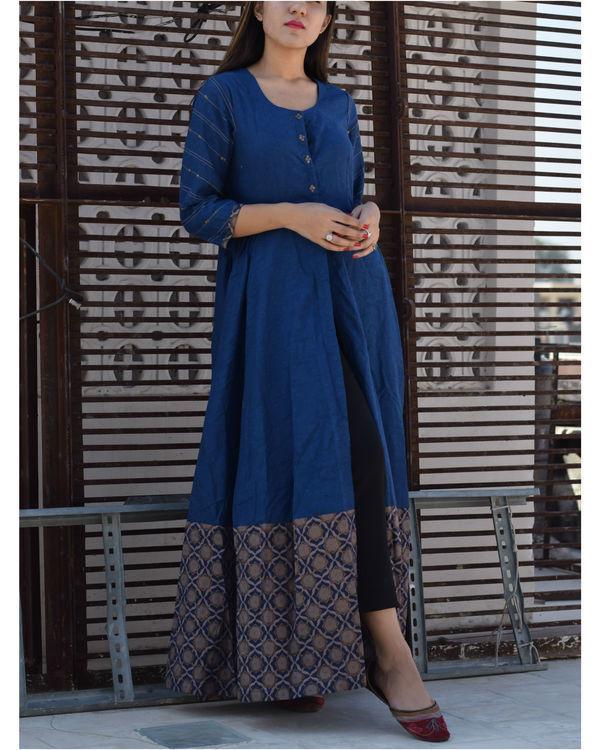 Blue front slit cape 2