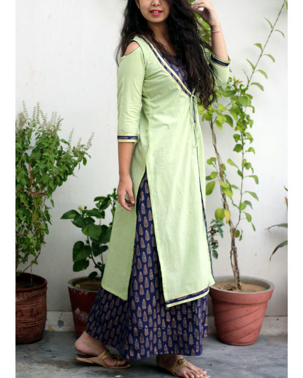 Blue printed maxi dress with green jacket 2
