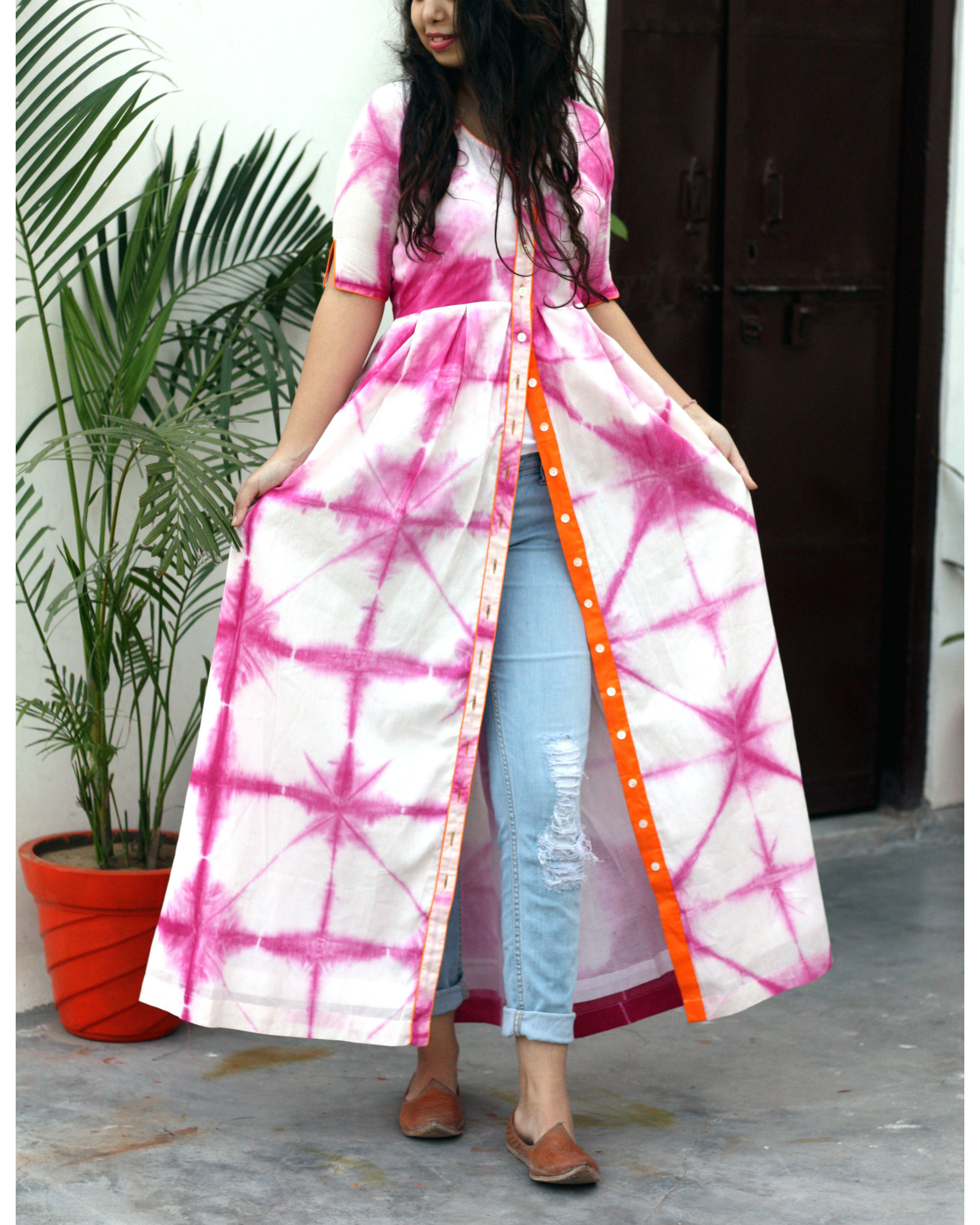 Pink And White Tie Dye Cape By Label Shivani Vyas The