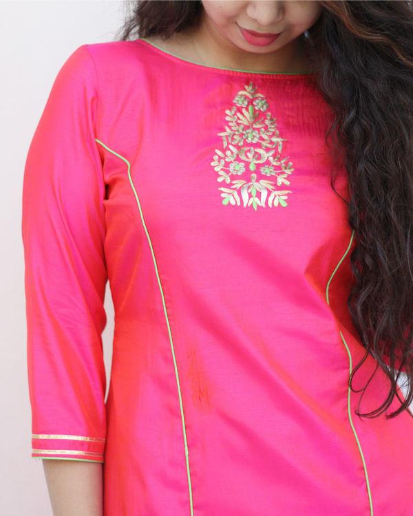 Fuchsia pink kurta and pants set 1