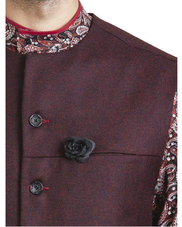 Maroon woollen asymmetric sleeveless jacket 1