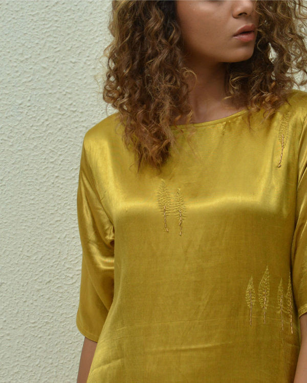 Golden leaf asymmetric hem tunic 1