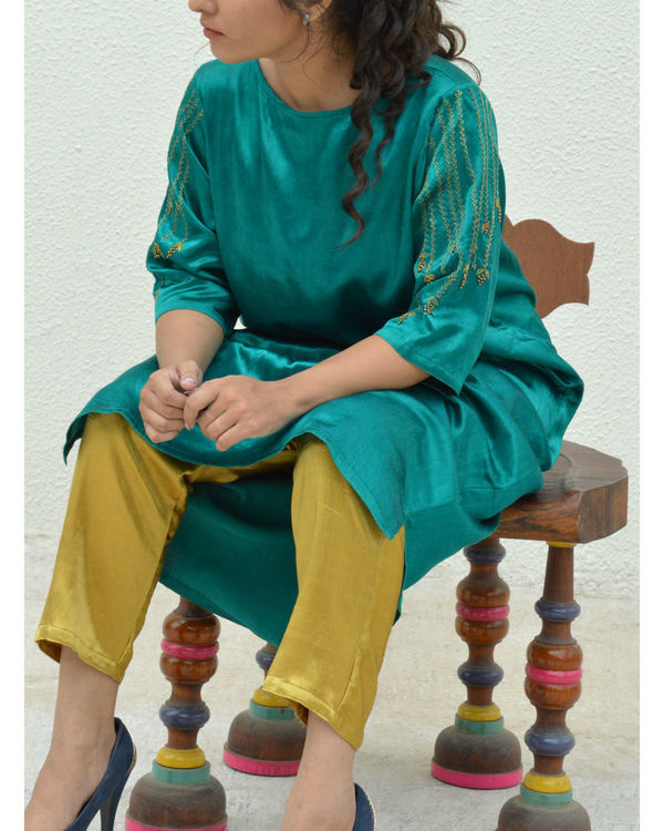 Green grapevine sleeve tunic 1