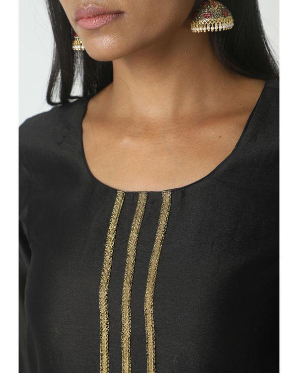 Gold and black skirt kurta set 1