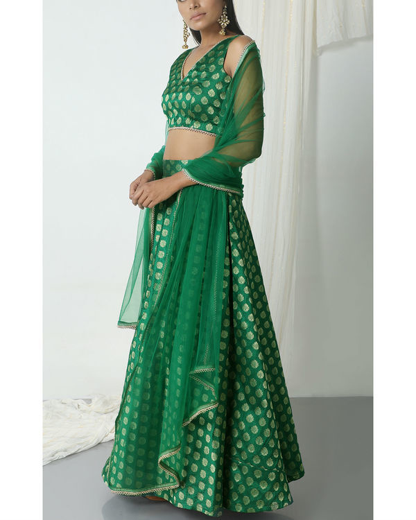 Green brocade booti lehenga set 3