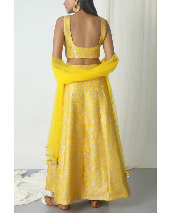 Yellow brocade lehenga set 2