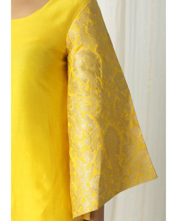 Yellow brocade chanderi skirt-kurta set 1