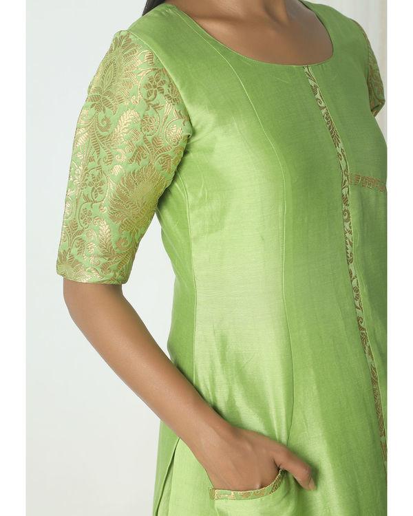Chartreuse green brocade chanderi skirt-kurta set 2