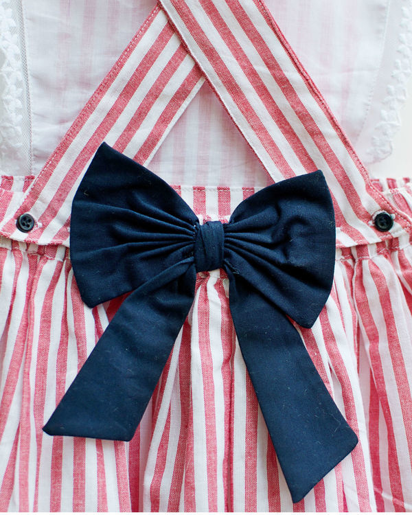 Red gingham stripes pinafore 3