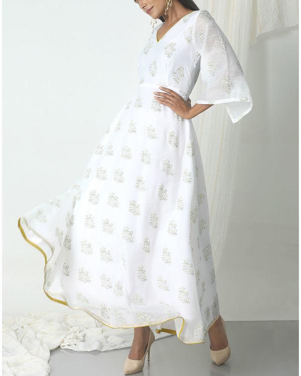 White floral print dress 3