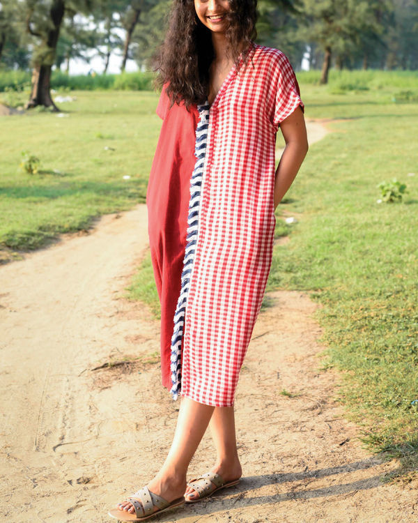 Bhutan red kaftan dress 1
