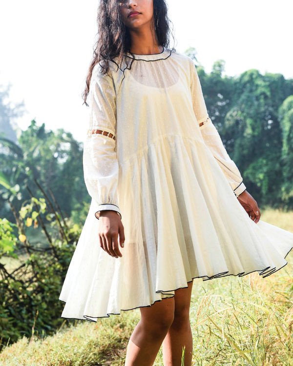 Ivory dago flared dress 3
