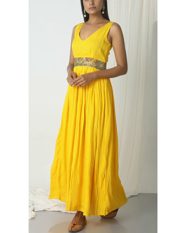 Yellow crinkled lace dress 3